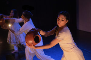 artwallah 2018 tech rehearsal highways performance space dancers Sheetal Gandhi, Maxina Magalhaes, Danish Bahndara
